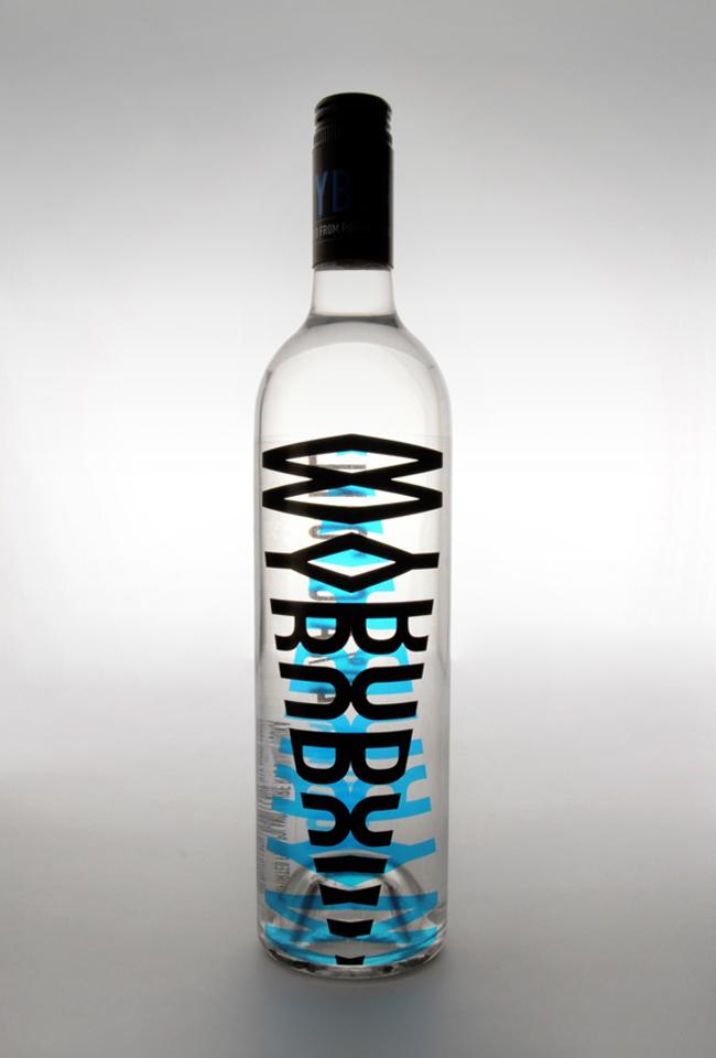 Projekt butelki Wyborowej wódki (projekt studenta)