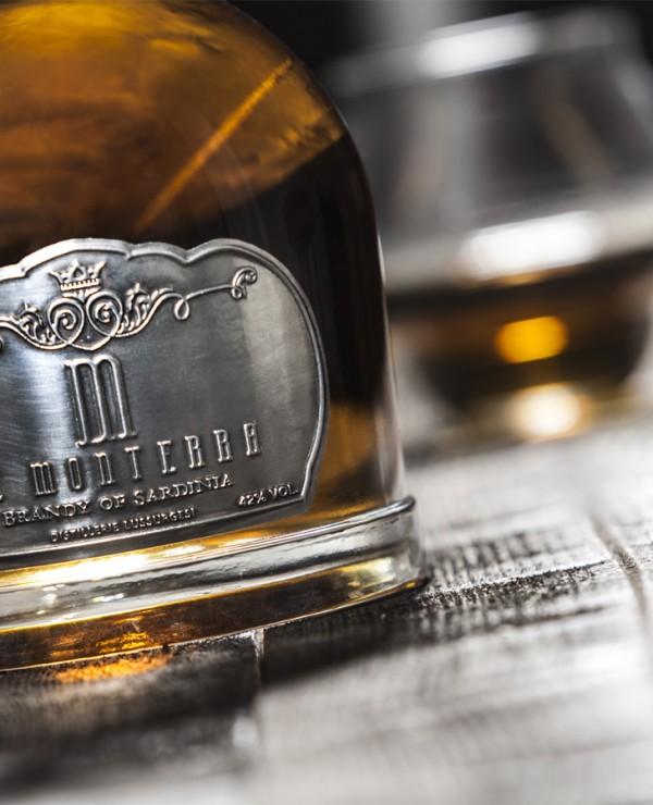 Butelka brandy De Monterra